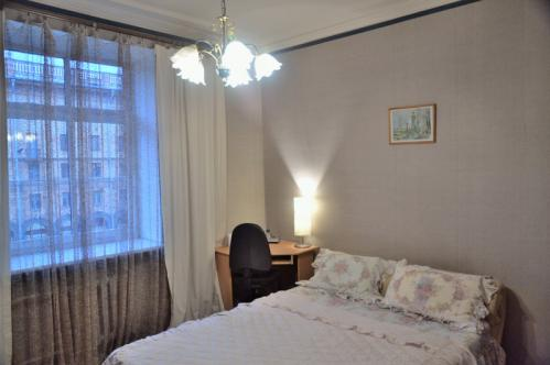 einzimmer wohnung 3 o 5 lenina ave minsk osteurop ische partnervermittlung. Black Bedroom Furniture Sets. Home Design Ideas